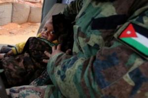 نجاة طفل فقدَ اسرتة على الحدود الأردنية