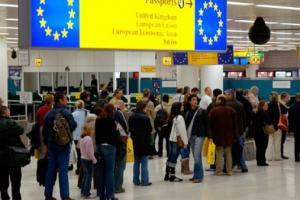 طريق الوصول وفرصة القبول للجوء إلى بريطانيا