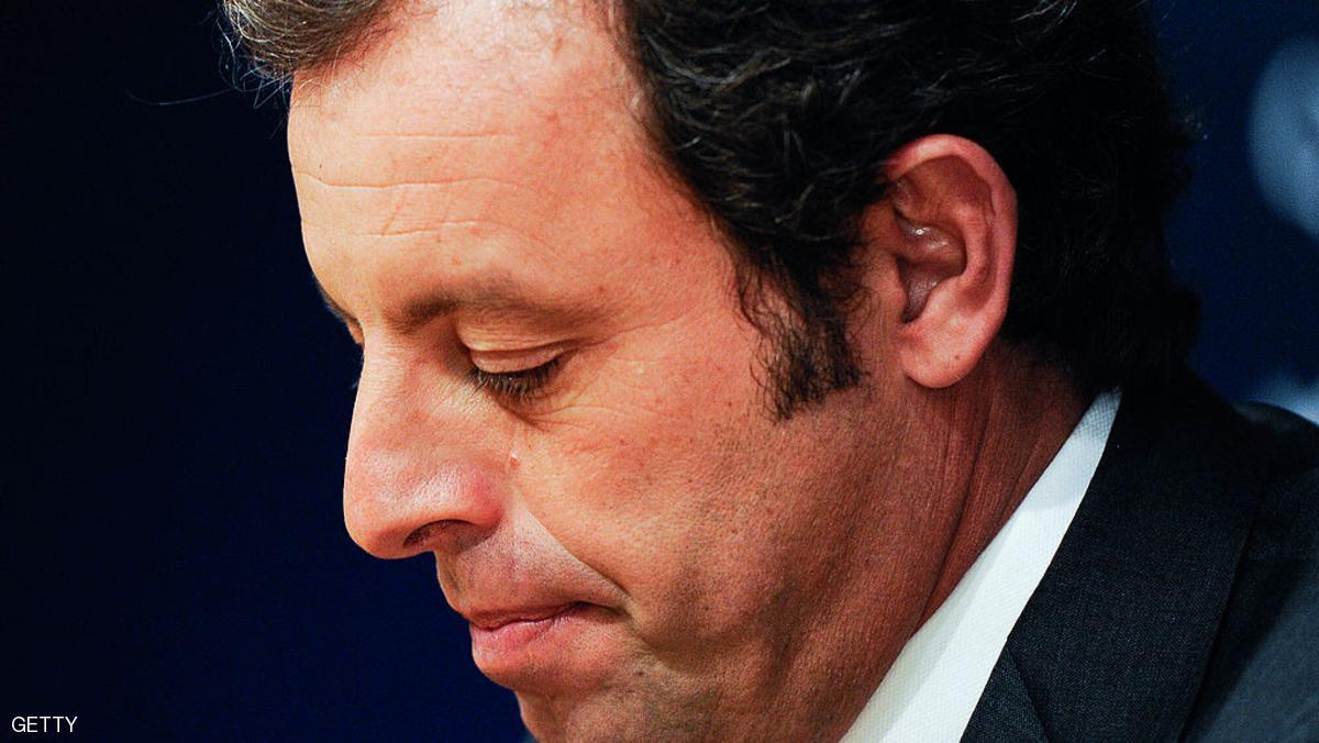 1 951177 - الشرطة الإسبانية توقف رئيس نادي برشلونة السابق ساندرو روسيل بقضايا فساد عدة
