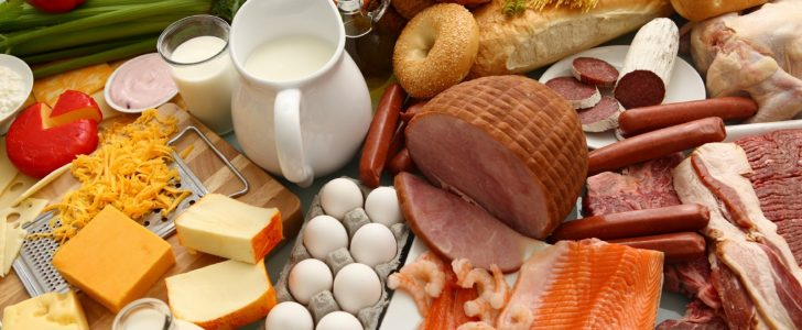 اطعمة يجب عليك تناولها واطعمة يجب عليك تجنبها على السحور في رمضان