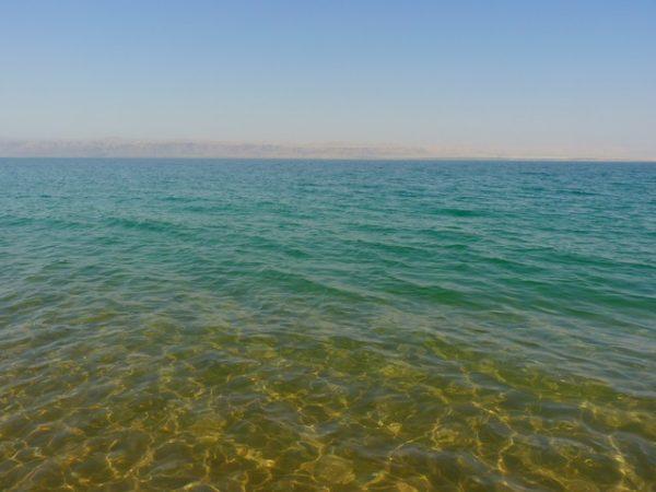 Dead Sea e1506542403799 - الأماكن السياحة الأفضل في المملكة الأردنية الهاشمية