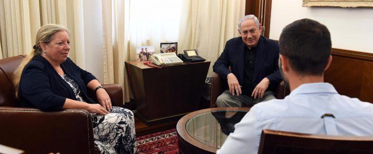 تل أبيب تؤكد تماطل بنيامين نتنياهو  من التحقيق مع حارس السفارة ورسالت الملك التحذيرية وصلت بقوة