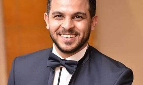 بعد إخفاء قصة حبهما لسنوات يعلن الفنان المصري محمد رشاد عن ارتباطه بالمذيعة مي حلمي