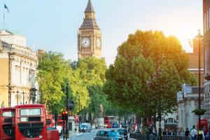 دول تسافر الى بريطانيا بدون فيزا ضمن نظام تأشيرة النظام الإلكتروني