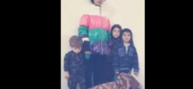 مشهد مؤلم لأب يعاقب أولاده بعد زيادة أسعار الخبز في الأردن