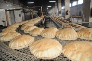 إستهلاك كبير للخبز من لاجئيين ووافدين بنسبة 40%