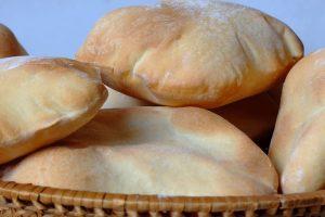 طريقة تحضير الخبز في المنزل