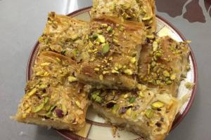 نمورة بالقشطة على طريقة المطبخ العربي بالصور