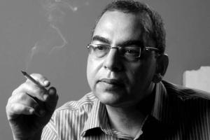 وفاة الكاتب الخيال العلمي احمد خالد توفيق