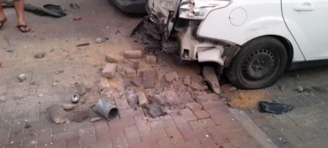 وقوع إصابات في سديروت : الأحتلال الاسرائيلي يوسع غاراته على قطاع غزة