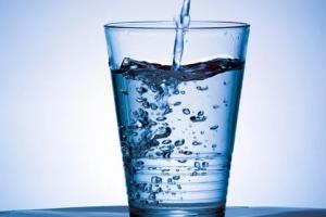 أكثر المشروبات الشائعة أمانا والأقل خطرا على صحتك
