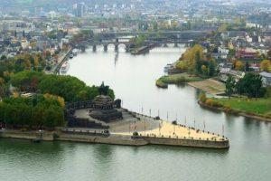 جولة في مدينة النهرين في المانيا