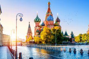 اللجوء إلى روسيا