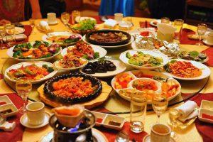 تفسير حلم المائدة في المنام
