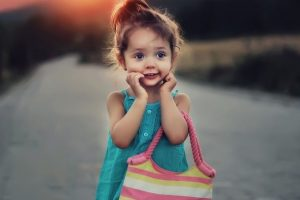 تفسير رؤية ضحكة الطفل في المنام