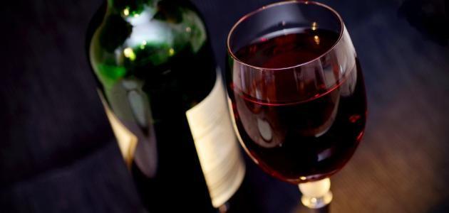 تفسير شرب الكحول في الحلم للامام الصادق