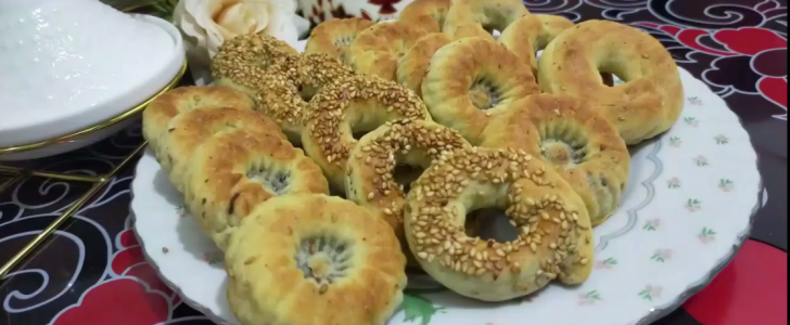 بالفيديو طريقة ناجحة لعمل كعك العيد المقرمش مع سر نجاحه