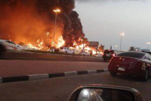شاهد بالفيديو اندلاع  غير مسبوق لحريق ضخم في الامارات