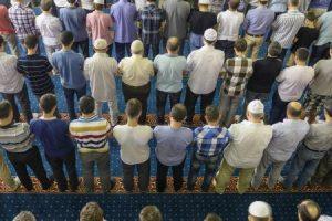 تعميم من وزارة الاوقاف لإعادة فتح المساجد